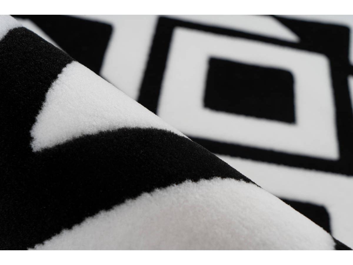 Tapis SAFI Noir / Blanc 80cm x 150cm4